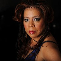 """CHICAGO""  WELCOMES LEGENDARY SINGER-SONGWRITER  VALERIE SIMPSON MAKING HER BROADWAY DEBUT"